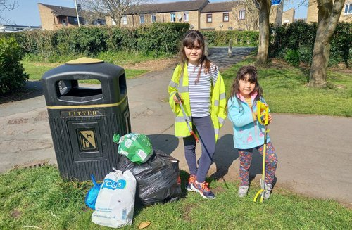 Young litter pickers